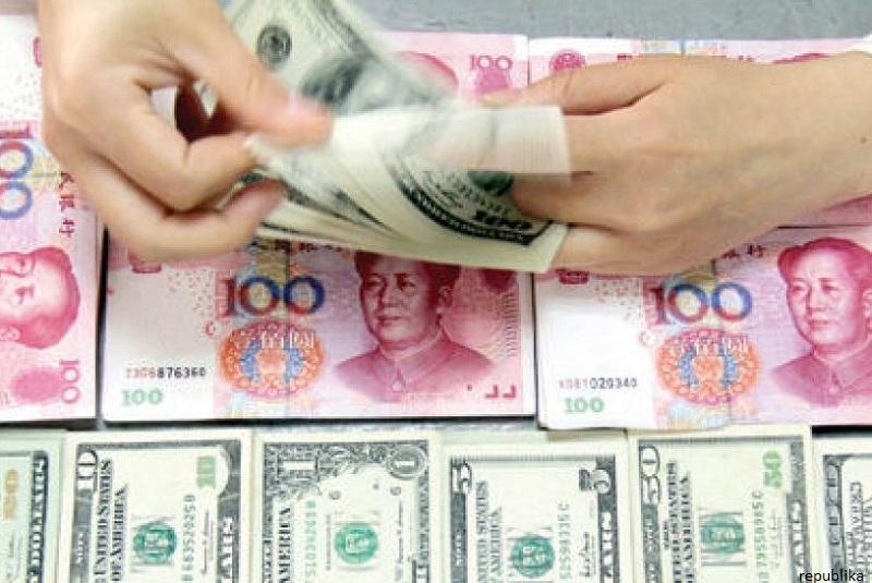 Hasil gambar untuk foto uang rupia, dolar,yuan cina