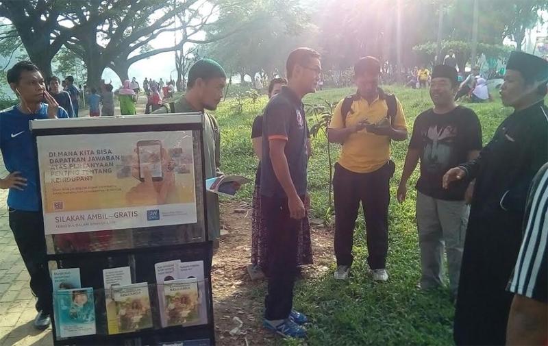 Umat Islam Geram dengan Kristenisasi Saksi Yehova di Bekasi