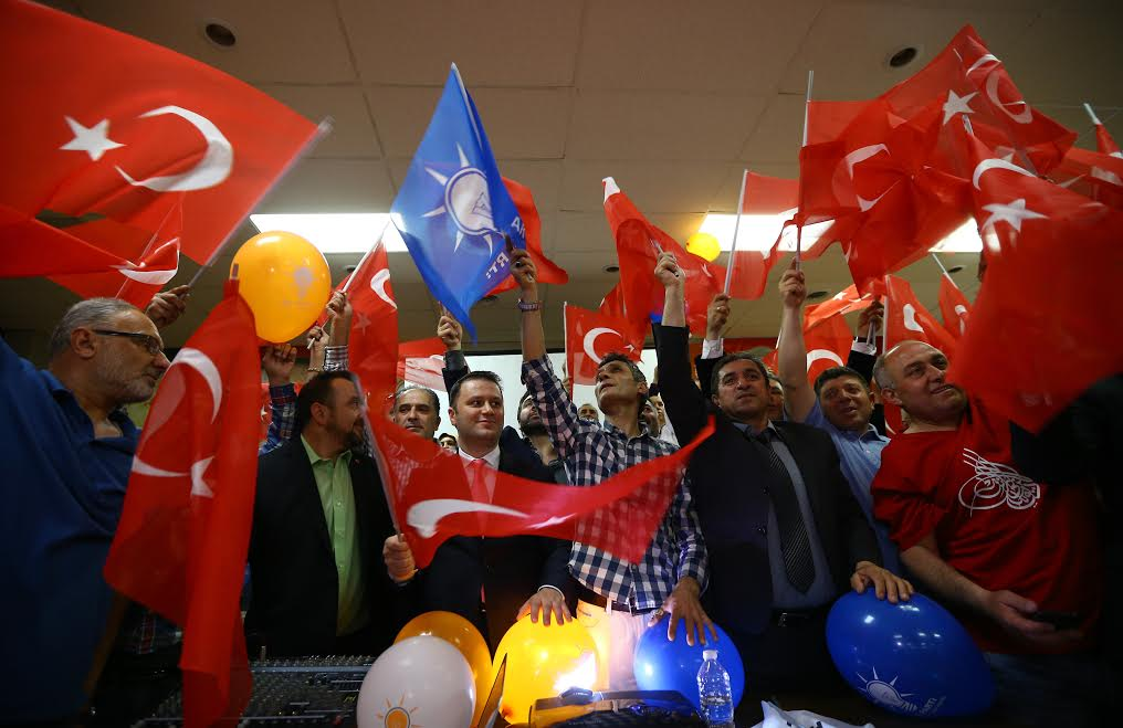 "NEW JERSEY, UNITED STATES - APRIL 16: 'Yes' supporters celebrate their victory following the unofficial preliminary results of Turkey's constitutional referendum show ""Yes"" votes ahead of ""No"" votes, in New Jersey, United States on April 16, 2017. ( Volkan Furuncu - Anadolu Agency )"