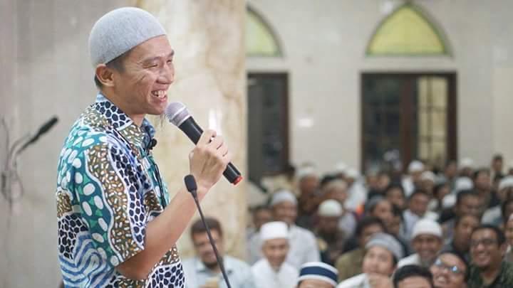 Move on dialog ustadz Felix Siauw : udah putusin aja - YouTube